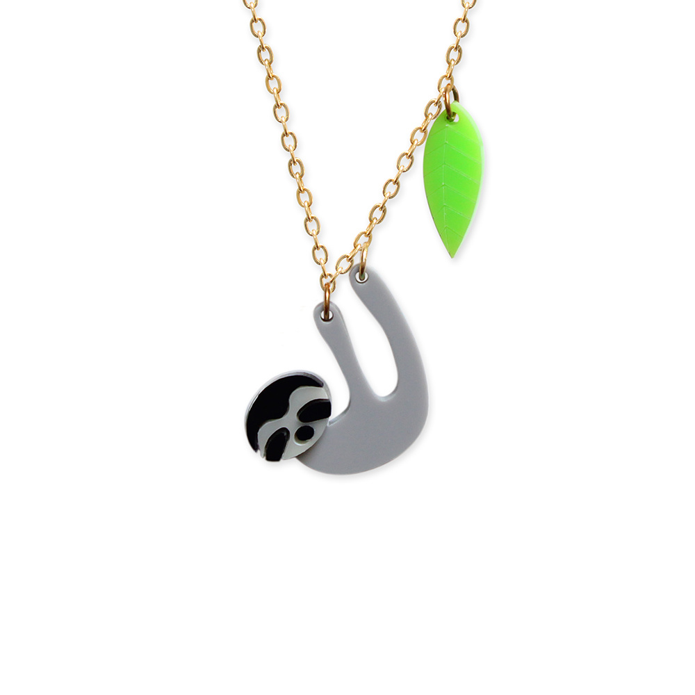 or dp pendant xhbdl three com toed silver necklace amazon gold jewelry sloth